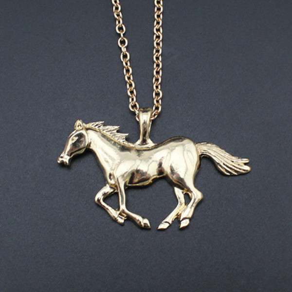Horse Running Necklace 3