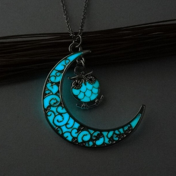 Owl Glow In The Dark Necklace 2