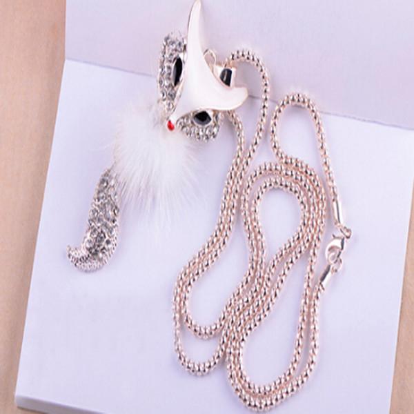 White Fox Necklace 1