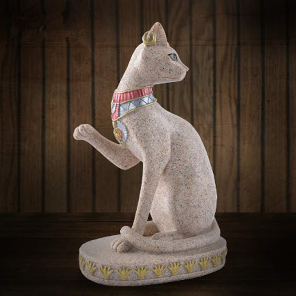 Cat Vintage Statue 1