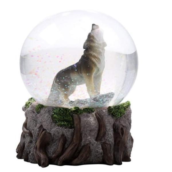 Wolf Globe
